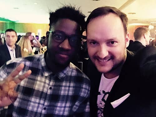 British newcomer Kelvin Jones and Felix at the ECHO awards in Berlin. Peace.